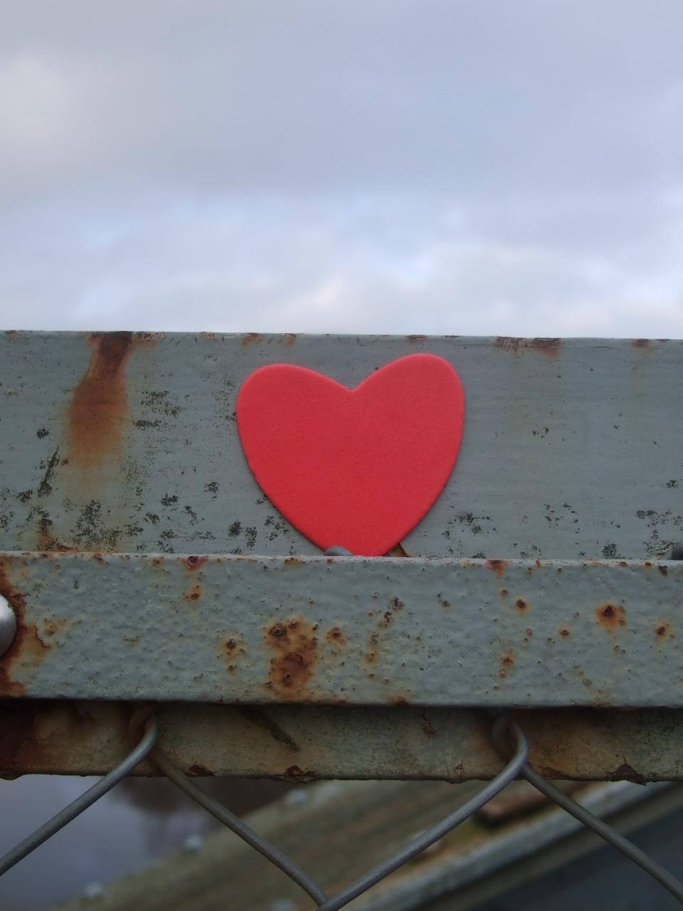 2014-02-14 Alla hjärtans dag Pyttebron 021 (960x1280)
